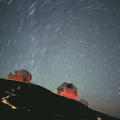 Leonid Meteor Shower over Maunakea